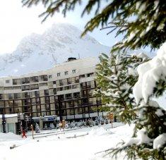חופשות סקי בקלאב מד טין
